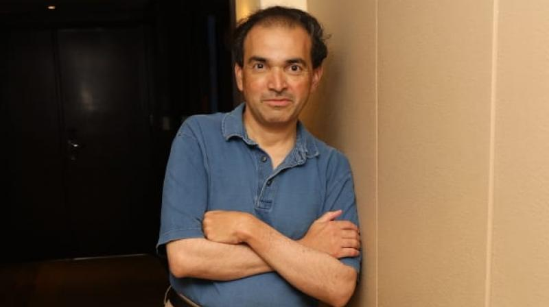 Dr Ravi Godse