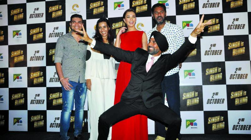 Akshay Kumar sustained some burns while performing a scene for the film Singh is Bliing