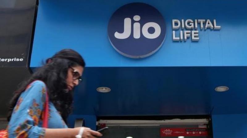 RJio, in April, had trailed the older operator and held the third spot with 31.48 crore subscribers and 27.08 market market share. (Photo: PTI)