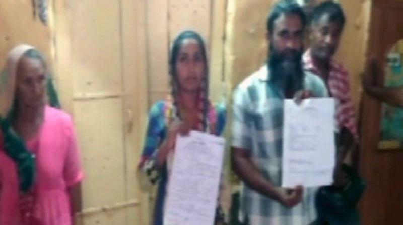The woman, Afsana was married to Munna since eight years in Jodhpur, but soon after her marriage she was harassed for dowry by her in-laws. (Photo: Twitter   ANI)