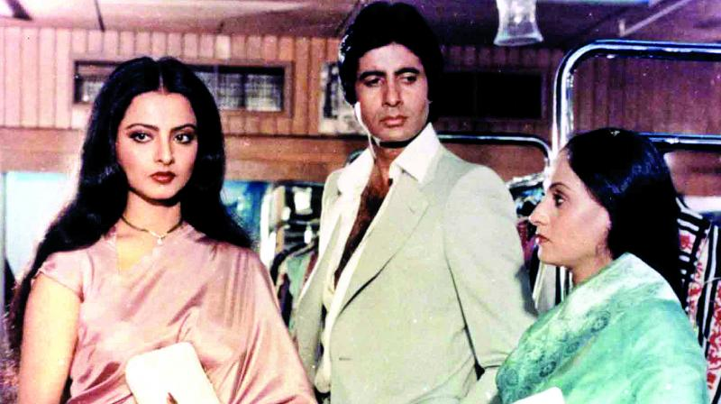 A still from the fim Silsila which, explores the dynamics of a love triangle.