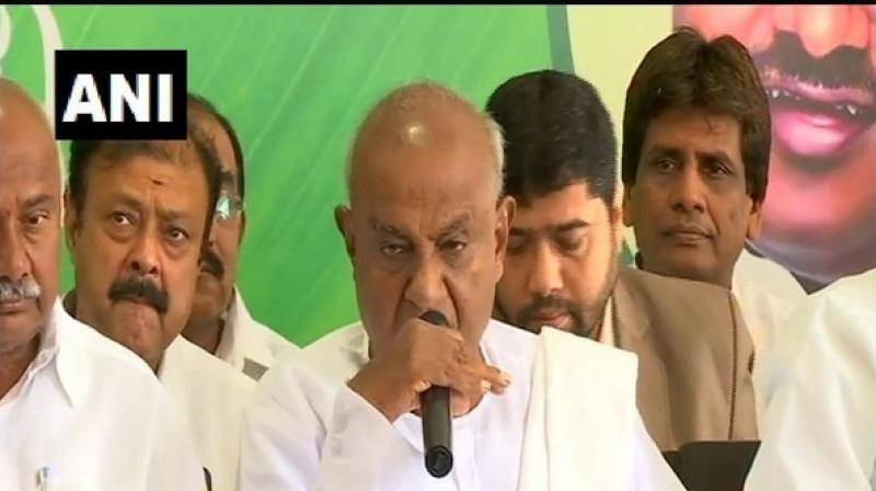 'Madhu Bangarappa will be the working president of JD(S). We have decided to have only one working president, there is no question of multiple working presidents,' said Gowda. (Photo: ANI)
