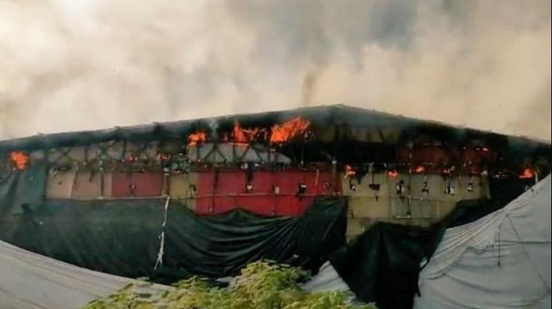 Fire break out on the sets of Adipurush at Goregaon (Image source: Twitter@vijuvijayan6)
