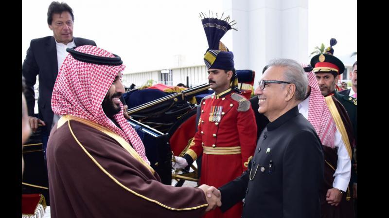 Pakistan on Monday conferred its highest civilian award Nishan-e-Pakistan on Saudi Crown Prince Mohammad bin Salman. (Photo:AP)