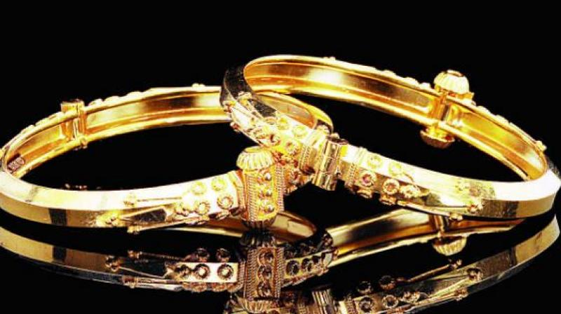 Retail gold jewellers are expecting a 10-15 per cent growth in demand during Akshaya Tritiya.