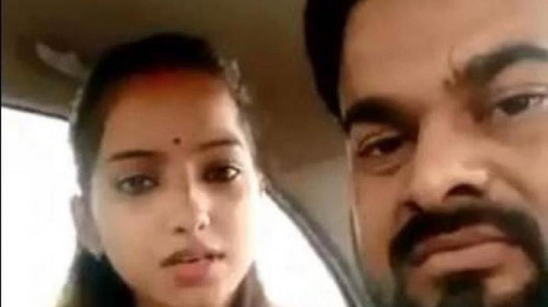 On Wednesday, Sakshi Misra (23) in a video message said that she faced a threat to her life from a her father Rajesh Misra, brother and their associate after she married outside her caste. (Photo: Screengrab)