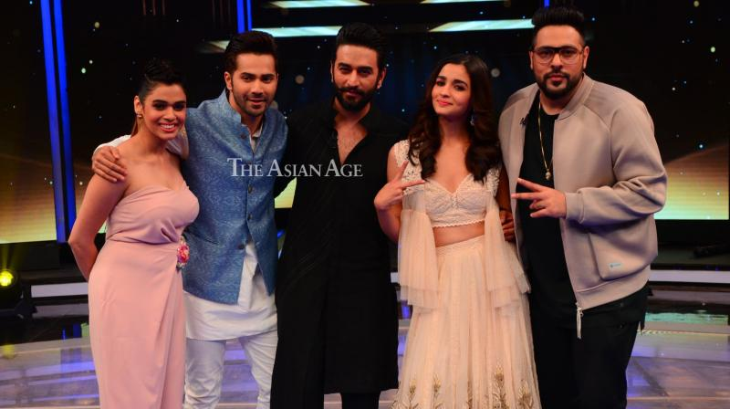 With 'Badrinath Ki Dulhania' gearing up for release on March 10, Varun Dhawan and Alia Bhatt landed on the sets of the music-based reality show 'Dil Hai Hindustani' on Thursday. (Photo: Viral Bhayani)
