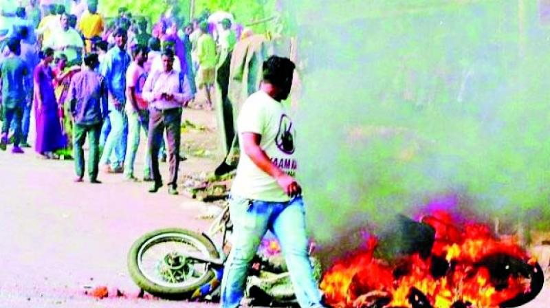 Violence erupted after some people, reportedly with saffron flags, pelted stones at cars heading towards the village for the commemoration of the 200 years of Bhima-Koregaon war on New Year's Day. (Photo: File)