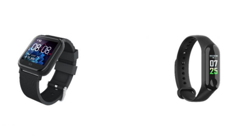 The Gizfit 902 Smartwatch, and the Gizfit 901 Smartband.