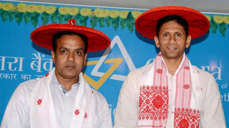 WINNER AND THE ALSO-RAN: Sunil Joshi (left)T named the south zone representative in BCCI's senior selection panel and also its chairman while Venkatesh Prasad was also in the running. PTI file photo