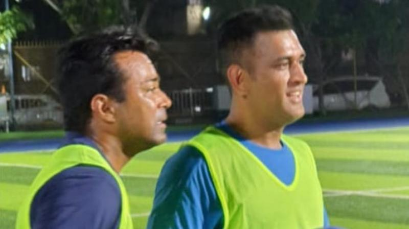 Although MS Dhoni and Leander Paes were seen wearing practice jerseys with