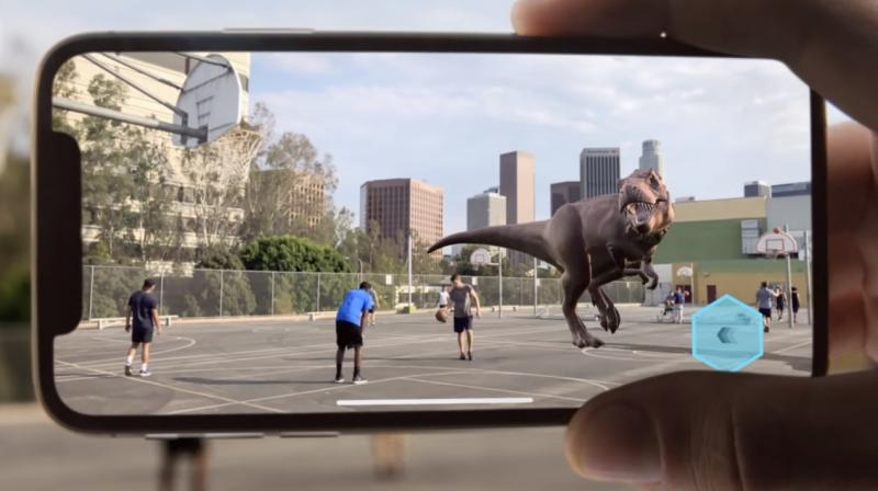 Apple will move towards its AR wearable goal in a phased manner. (Photo: Apple)