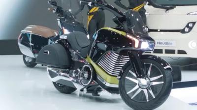 Four NeuWai Electric two-wheelers showcased at Seoul Motor Show