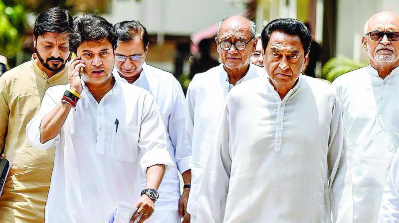 Madhya Pradesh chief minister Kamal Nath with party leaders Jyotiraditya Scindia, Digvijaya Singh and others.