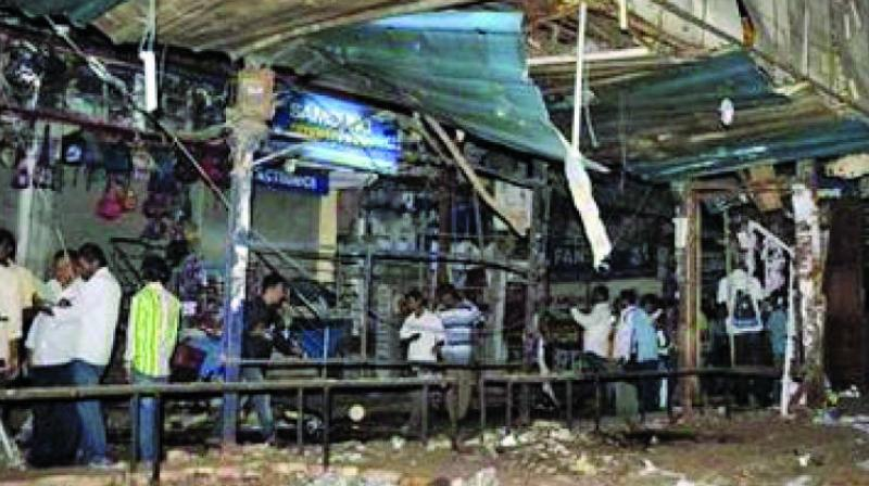 Two synchronised blasts had rocket Gokul Chaat, a popular eatery, killing 32 people and leaving 47 injured, and an open air theatre in Lumbini Park close to the state secretariat where 12 people died and 21 wounded. (Photo: File)