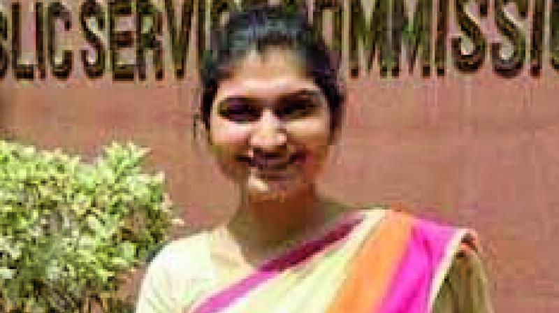 She is daughter of Jawahar Jain, a businessman in Geedam, a Naxal-stronghold, in Dantewada district.