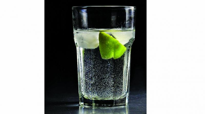 Another way to enhance the flavour of gin is to strictly add unflavoured mixers.