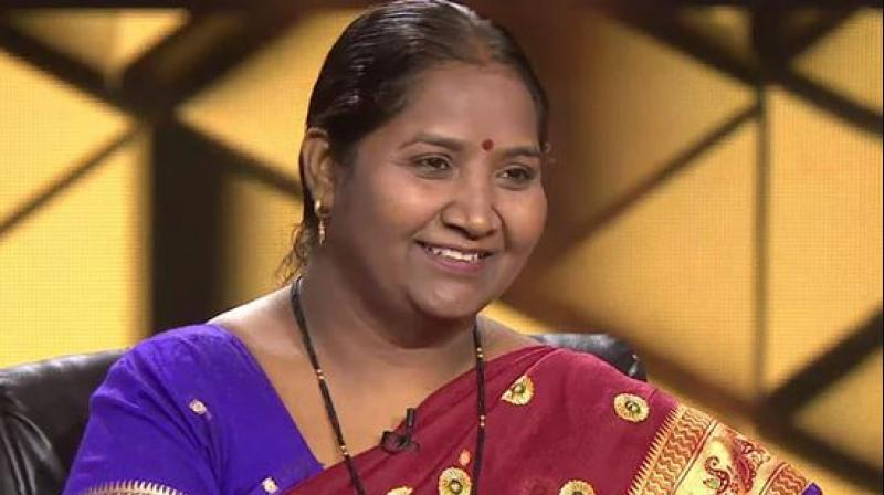 Tade, a resident of Anjangaon Surji village in Amravati, who works as a mid-day meal cook in a government school for a meager sum, rose to fame after taking home Rs 1 crore while participating in the quiz game show on television last month. (Photo: Screengrab)