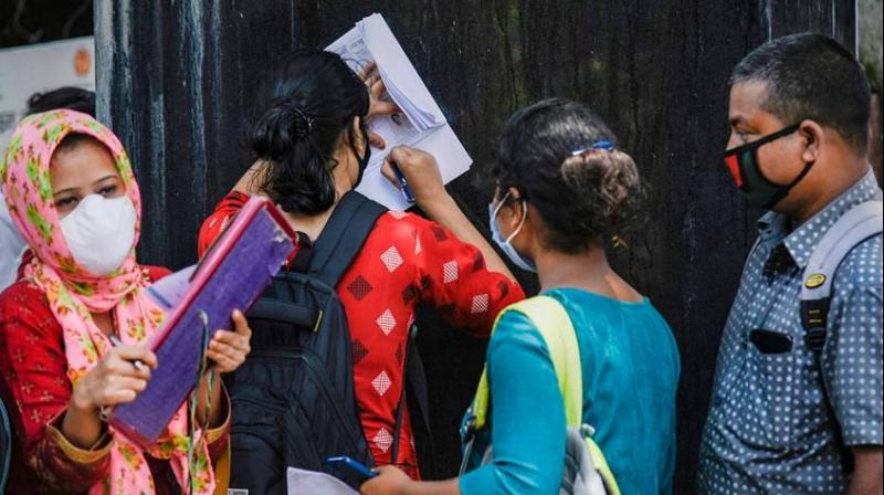 According to the Centre for Monitoring Indian Economy (CMIE) data, the unemployment rate was recorded at 6.9 per cent in February 2021 which is slightly better than 7.8 per cent in the same month last year and 8.8 per cent in March 2020, during which lockdown was imposed. (Representational image: PTI file photo)