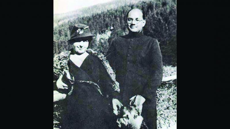 Subhas Chandra Bose with his wife Emilie Schenkl