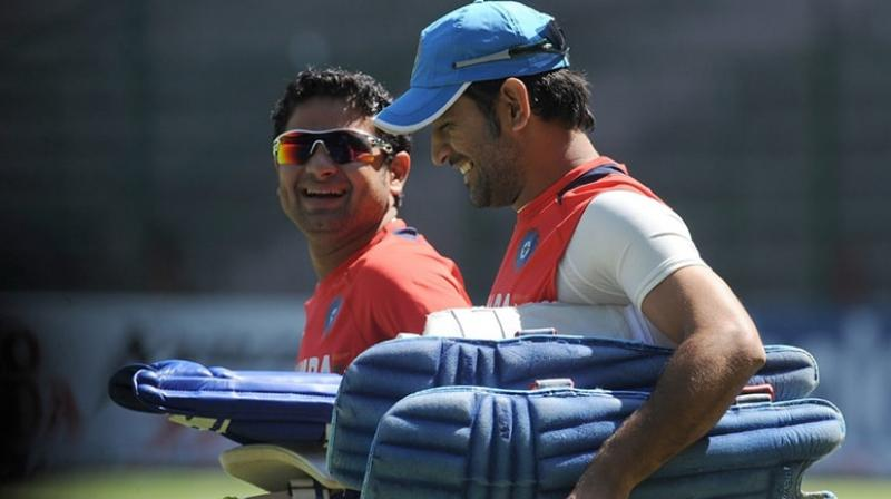 After buying spinner Piyush Chawla in the ongoing Indian Premier League (IPL) player auction, Chennai Super Kings (CSK) coach Stephen Fleming on Thursday said that the skipper of the side MS Dhoni shares a good relationship with the spinner. (Photo:AFP)