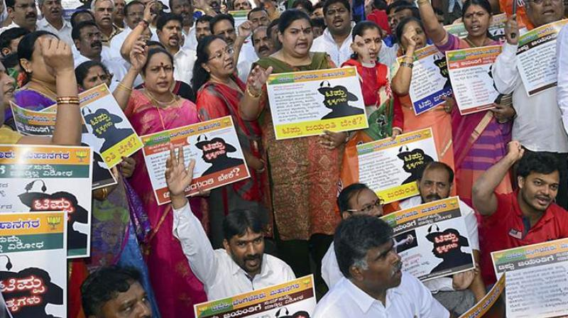 The main event in Bengaluru turned out to be lacklustre, attendees said, Kumaraswamy skipped the main event at Vidhana Soudha, the state secretariat, citing advice by doctors to take rest for three days till November 11. (Photo: PTI)