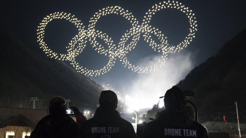 1,218 Intel Shooting Star drones lit up the sky for the PyeongChang 2018 Opening Ceremony, setting a new Guinness World Records title for the most drones flown simultaneously.