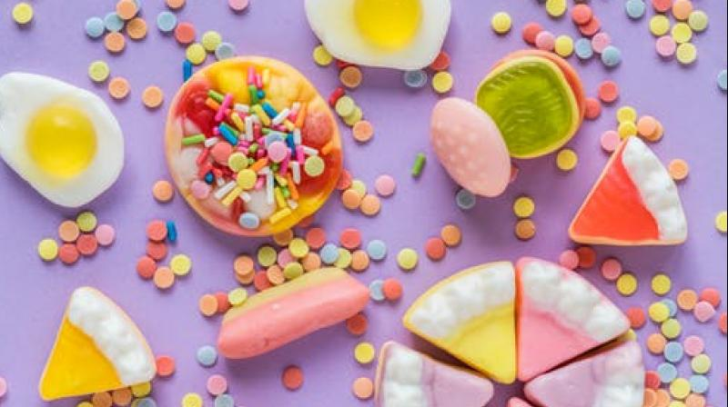 Eat candies as you cook to lose weight. (Photo: Representational/Pexels)