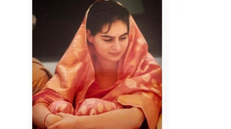 Joining the trend, Priyanka Gandhi tweeted a photo showing her in a pink and gold Benarasi saree.