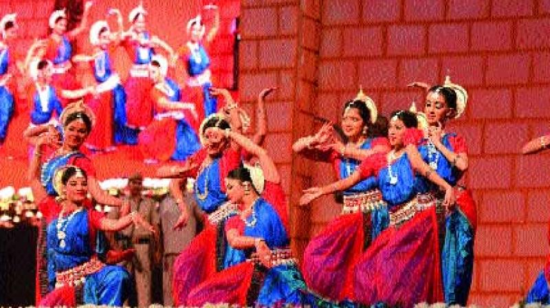 Themed Odisha's struggle against British Rule from 1804-1947, the second edition of the festival celebrated the the sacrifice of the martyrs'. A grand stage was set up where Barabati Fort in the backdrop evoked the past of Odisha.