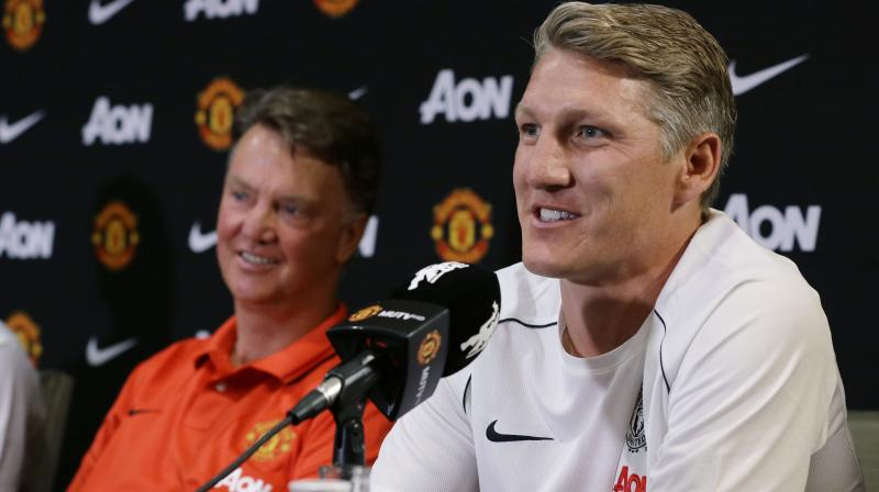 The former Barcelona boss remains unhappy that Ed Woodward, United's executive vice-chairman, made contact with Mourinho while Van Gaal was still at the club. (Photo: AFP)