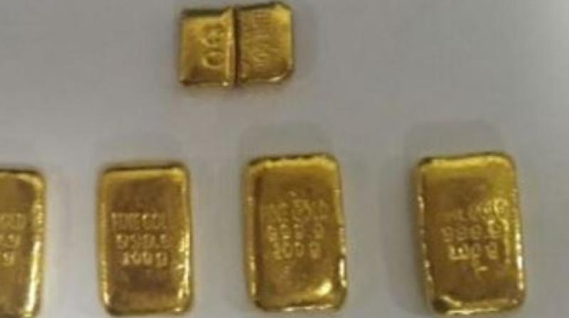 Meanwhile gold prices fell 0.19 per cent to USD 1,287.80 an ounce in Singapore. (Photo: ANI)