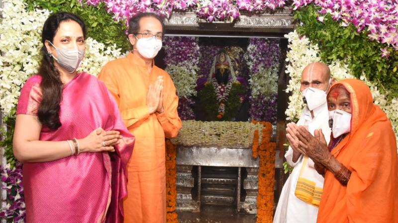 CM Uddhav Thackeray and his wife Rashmi at Pandharpur. (Twitter)
