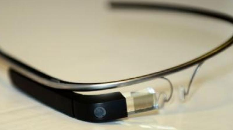 Scientists at Tomsk Polytechnic University and the Siberian State Medical University used Google Glass to study how healthy people and patients with various diseases react to virtual reality.