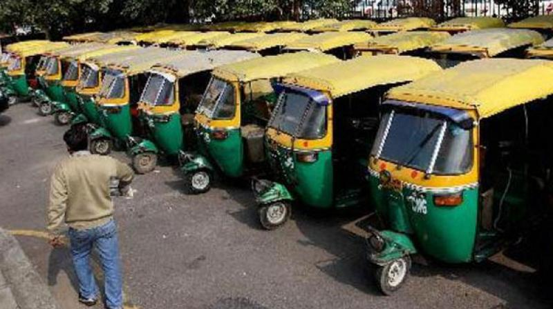 The Mumbai Auto-rickshaw Union's leader Shashank Rao said that as political parties have called this bandh, we as trade union would not participate in it.  (Photo: PTI)