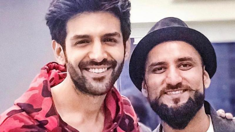 Aftab Khan with Kartik Aaryan.