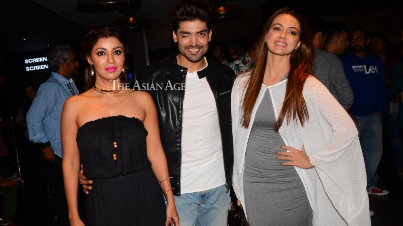 Numerous celebrities came out at the premiere of 'Wajah Tum Ho' on Friday. (Photo: Viral Bhayani)