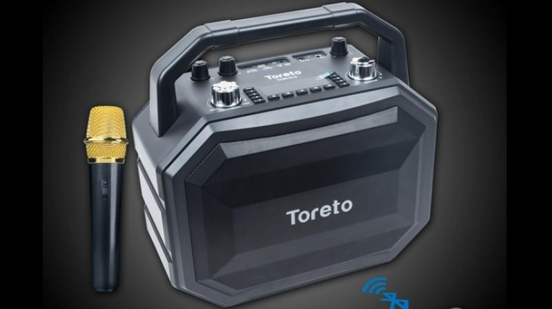 Toreto claims that Smash is capable of producing good stereo sound with 6.5in midbass and 2in treble and users can even adjust echo, bass and treble separately.