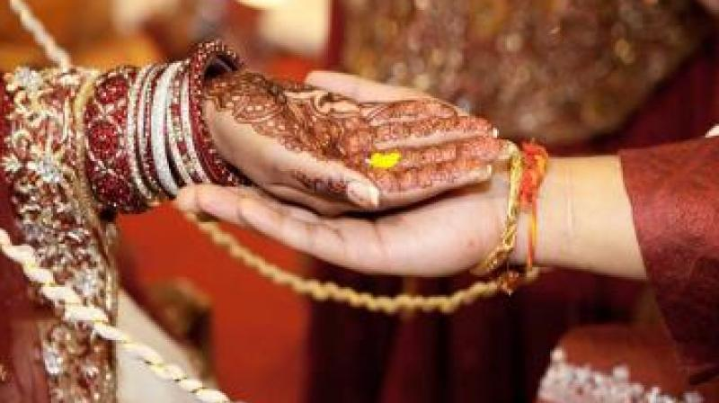 To mitigate the impact on nuptials across the country, the government announced on Nov. 17 that it would make an exception for weddings; 250,000 rupees could be withdrawn.