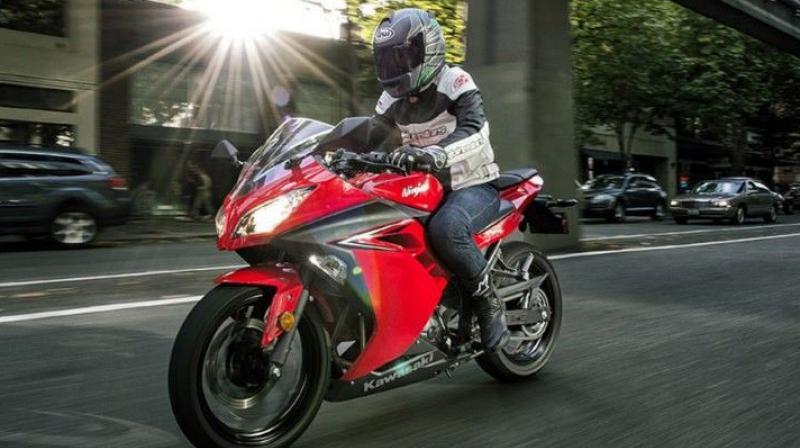 Kawasaki Introduces 2017 Ninja 300 In Us