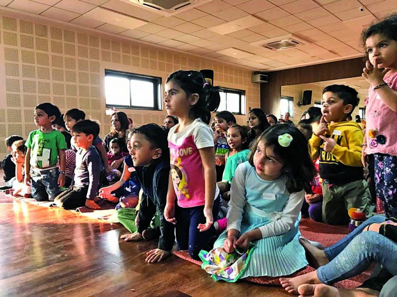 Toddlers gripped by the performance