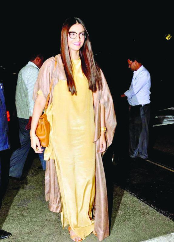 Sonam Kapoor sports a dress in relaxed silhouette that's now trending.