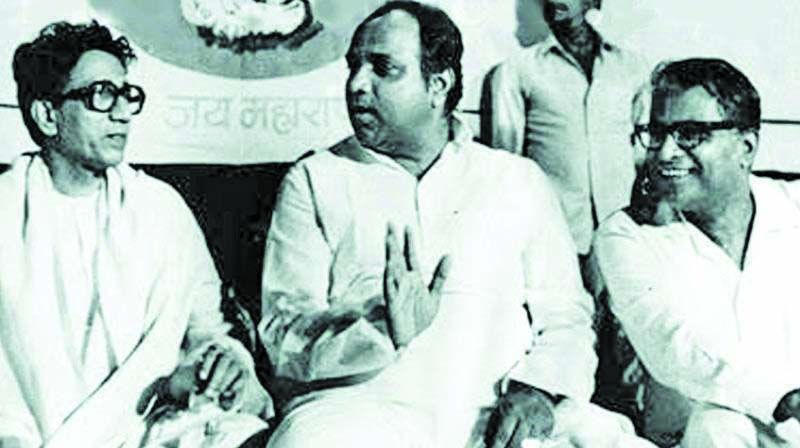 Mr Pawar (left), seen with Thackeray and George Fernandes, is known for his rapport with other leaders.