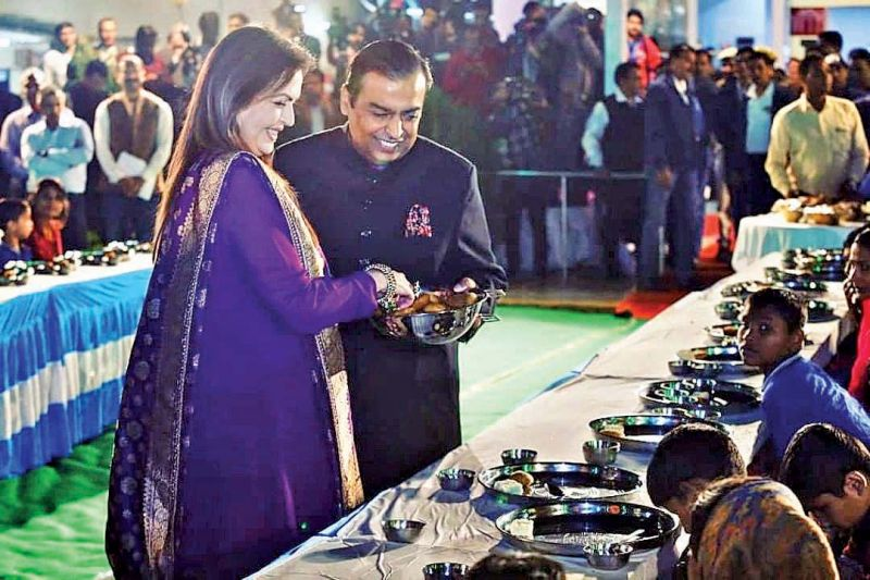 Nita and Mukesh Ambani at the Anna Seva function.