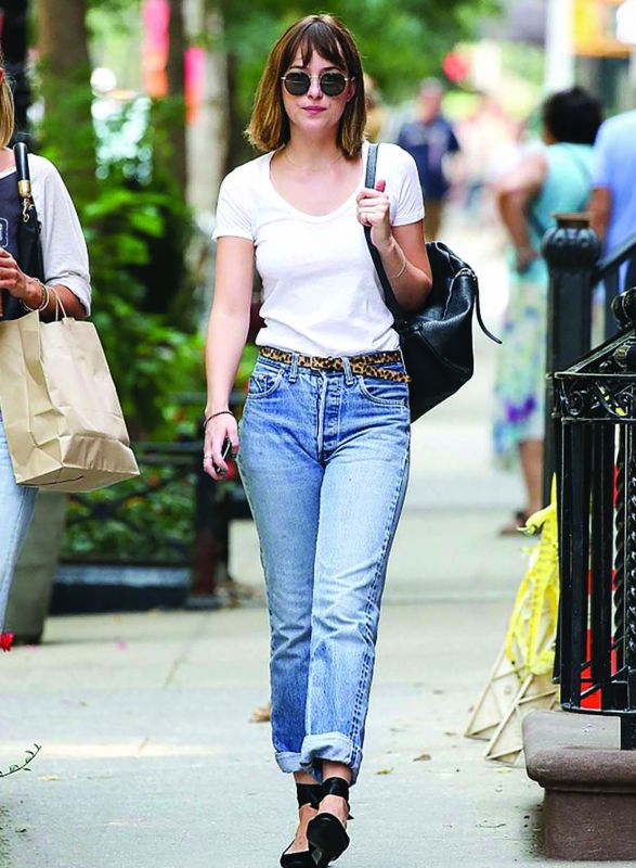Dakota Johnson gets it so right with high waist jeans