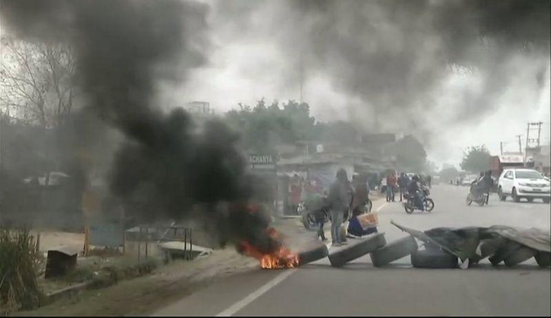Protesters burn tyres, block Gurgaon's Wazirpur-Pataudi road agitating against release of 'Padmaavat'. (Photo: ANI)