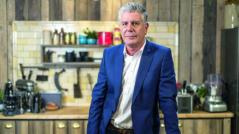 American celebrity chef and popular TV show host Anthony Bourdain, who seemed to have a perfect life with a dream job that was the envy of millions across the globe, committed suicide at the age of 61 this June.