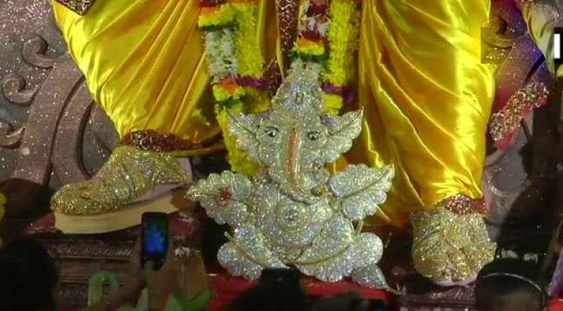 Smaller idol at the pandal (Photo: ANI)