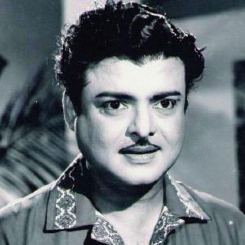 Dulquer Salmaan To Play Gemini Ganesan