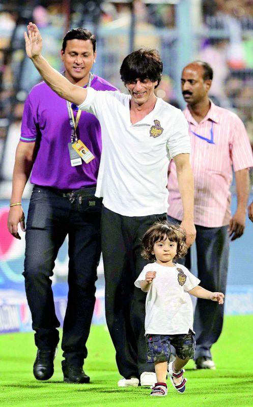 Shah Rukh Khan with baby AbRam